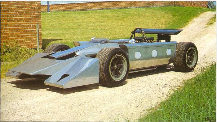 f1_196900_car_ford_cosworth_01.jpg